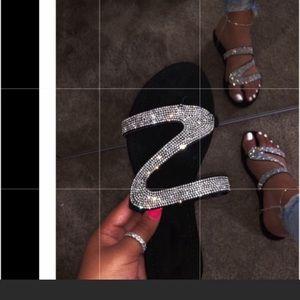 Shoes - 🔥New🔥Black Rhinestone Swirl Sandals. Size 40.